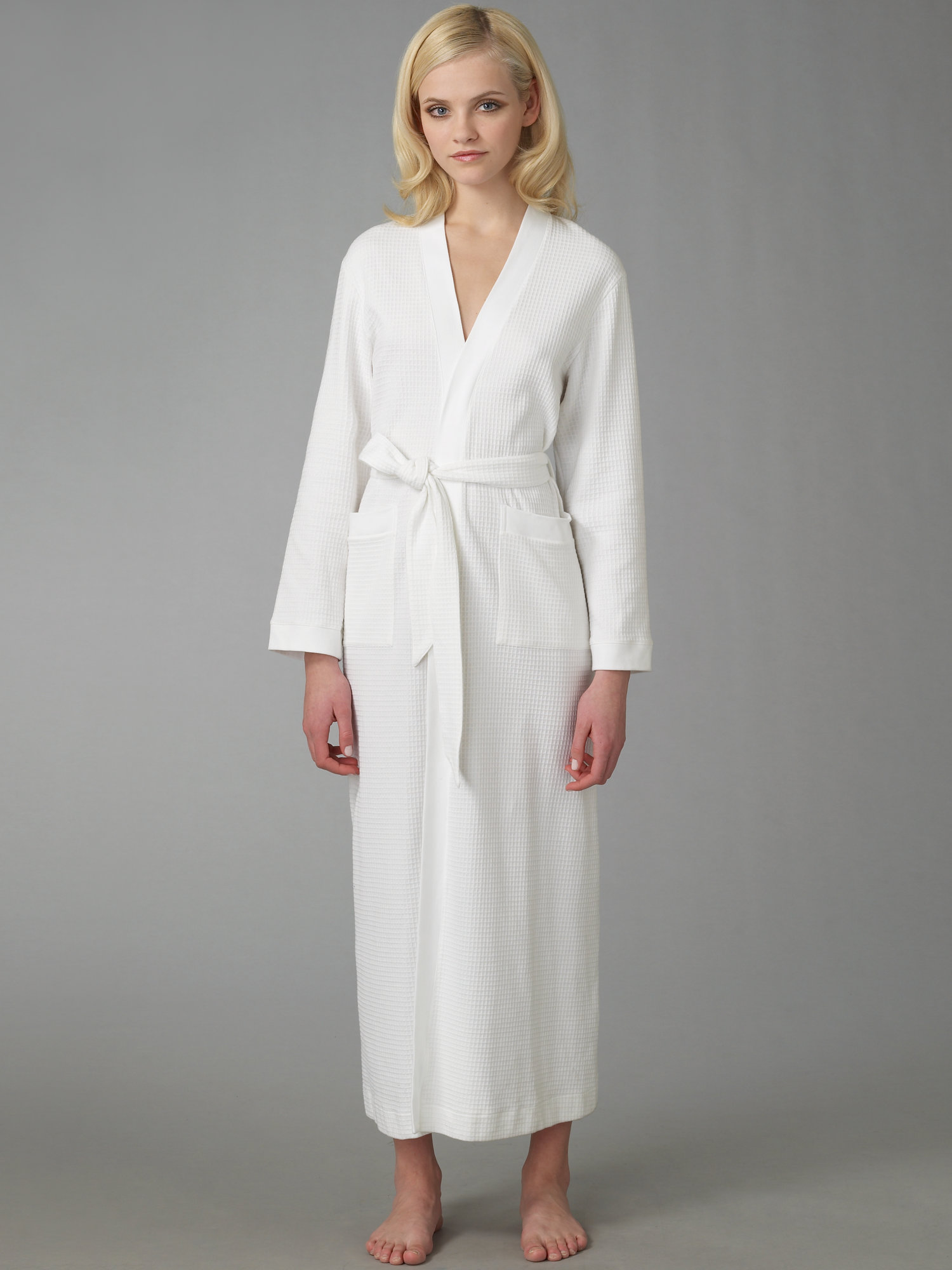 Lyst - Hanro Long Waffle Robe in White