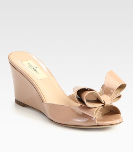 valentino couture patent leather bow wedge sandals in pink