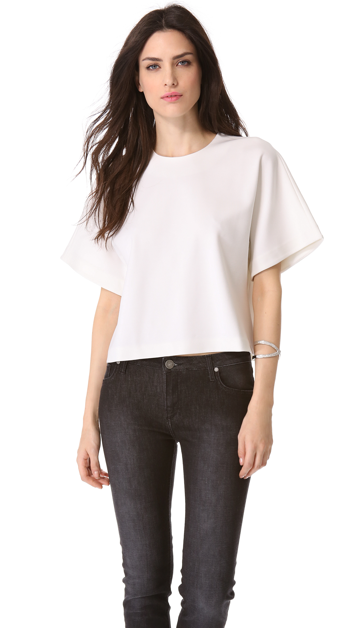 """Aug 14, · """"The best white T-shirt for women is soft, works tucked or not, and strikes the perfect balance between loose and snug."""