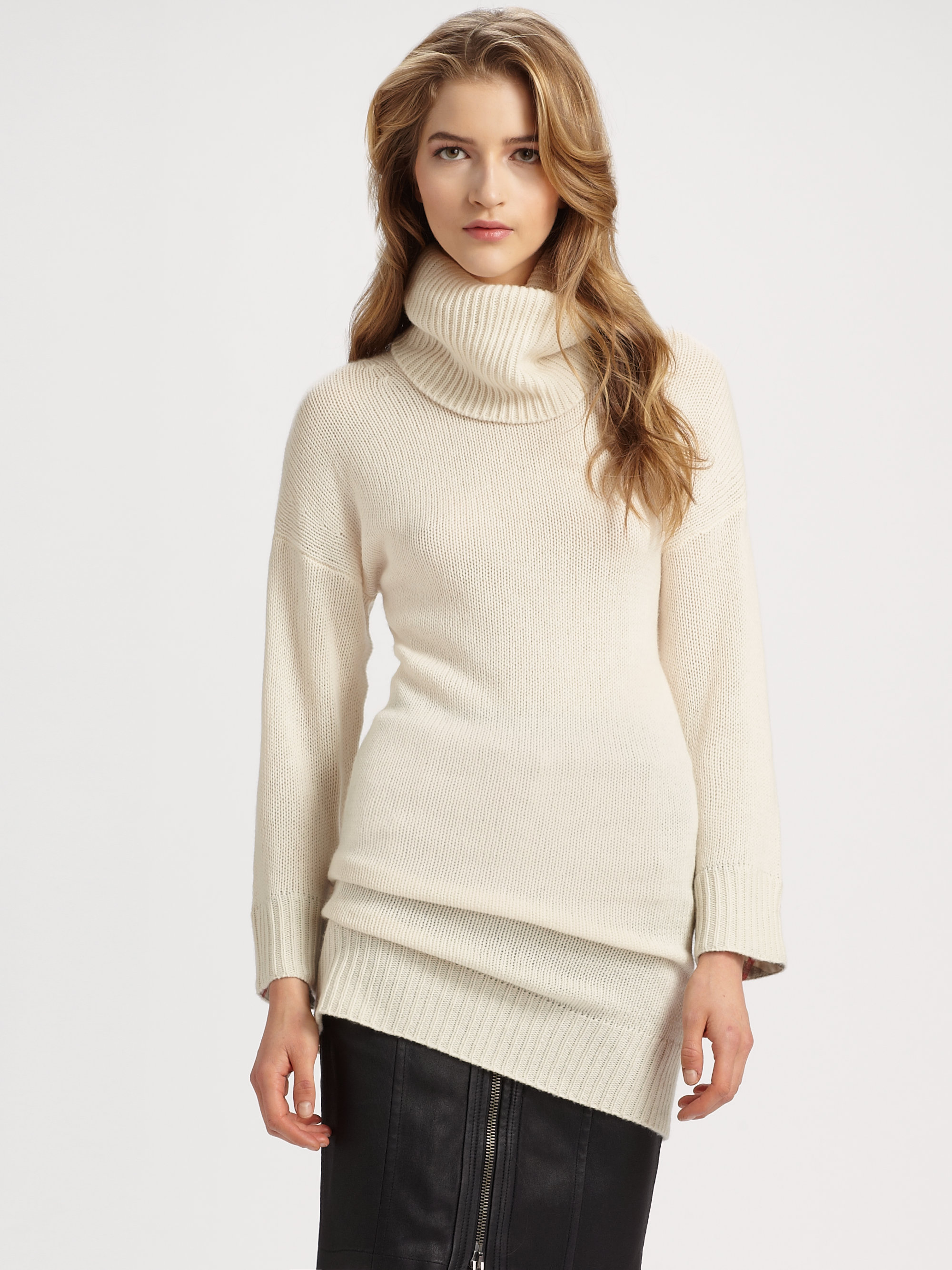 Burberry brit Chunky Turtleneck Tunic Sweater in Natural | Lyst