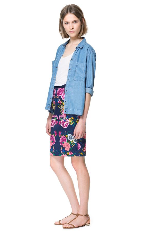 zara floral print pencil skirt in blue lyst