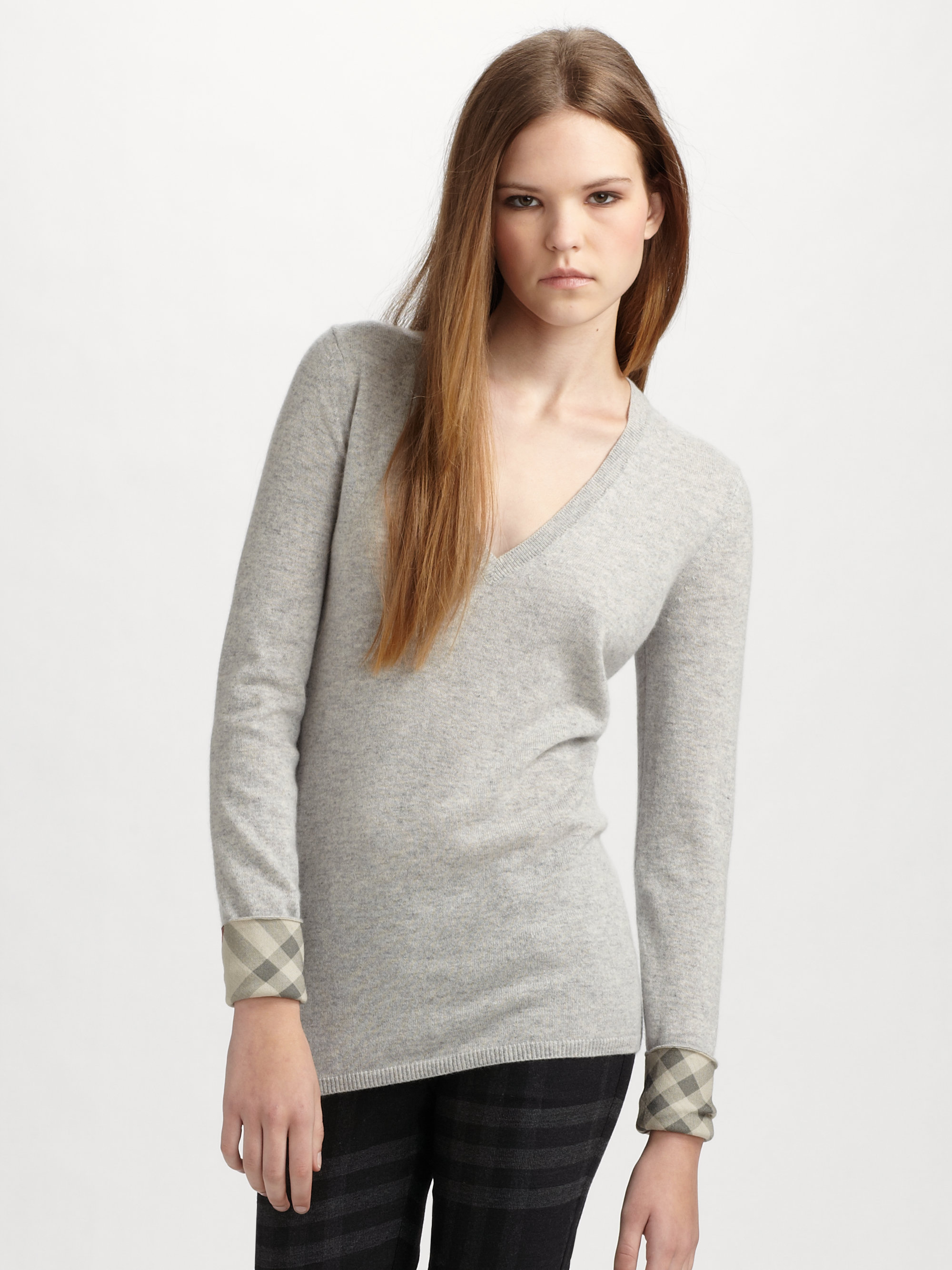Gray Cashmere Sweater is necessary in our daily life. If you still do not have one or want to replace your old one, please buy it from LightInTheBox, the leading online store from China.
