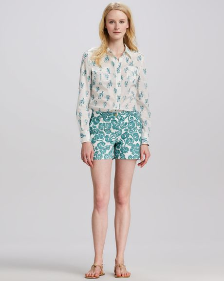 Tory burch gabriel paisley print shorts in green vrdn for Tory burch fashion island