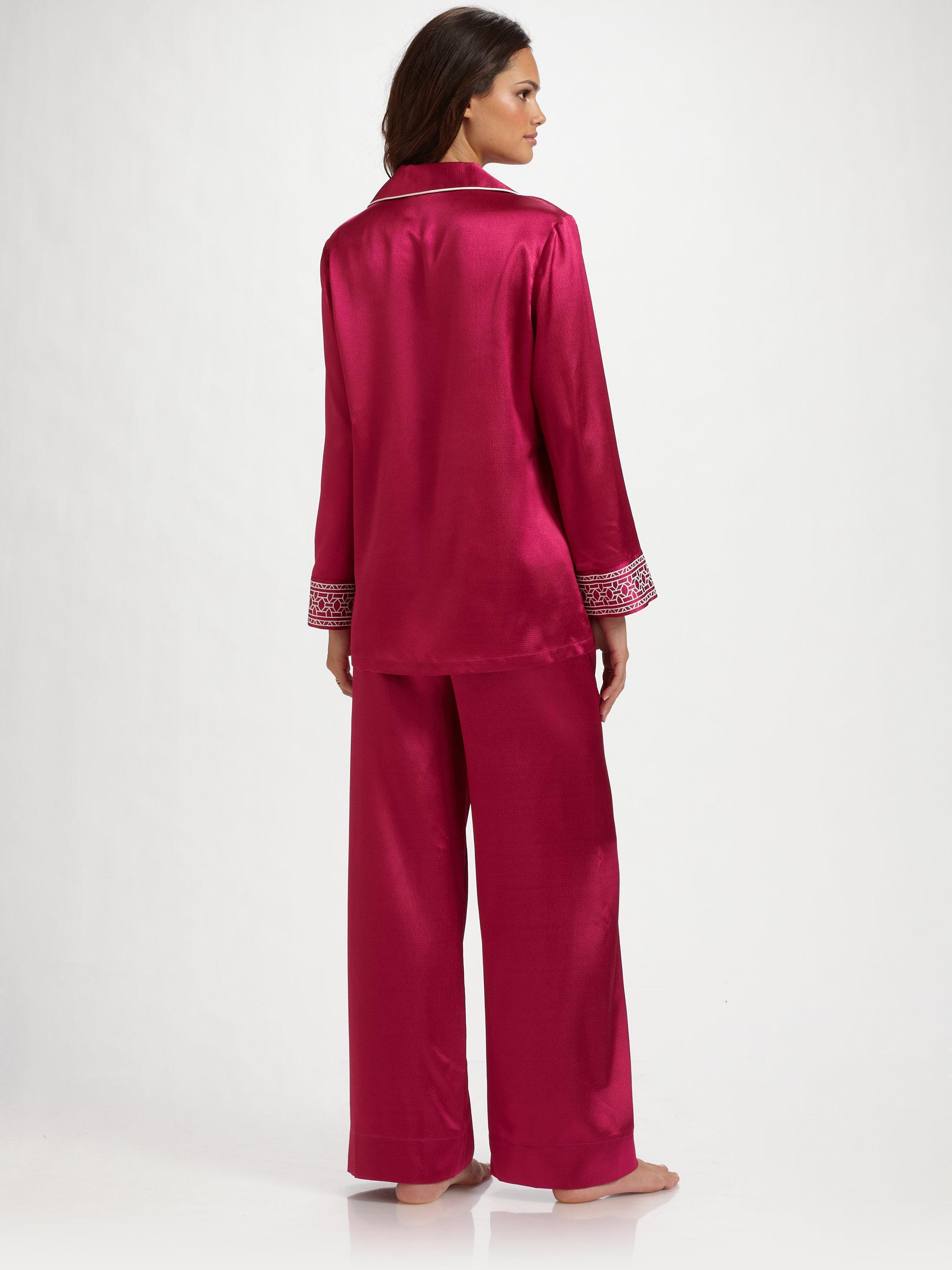 Lyst - Oscar de la Renta Jeweled Mosaic Pajamas in Pink d13e2a69b