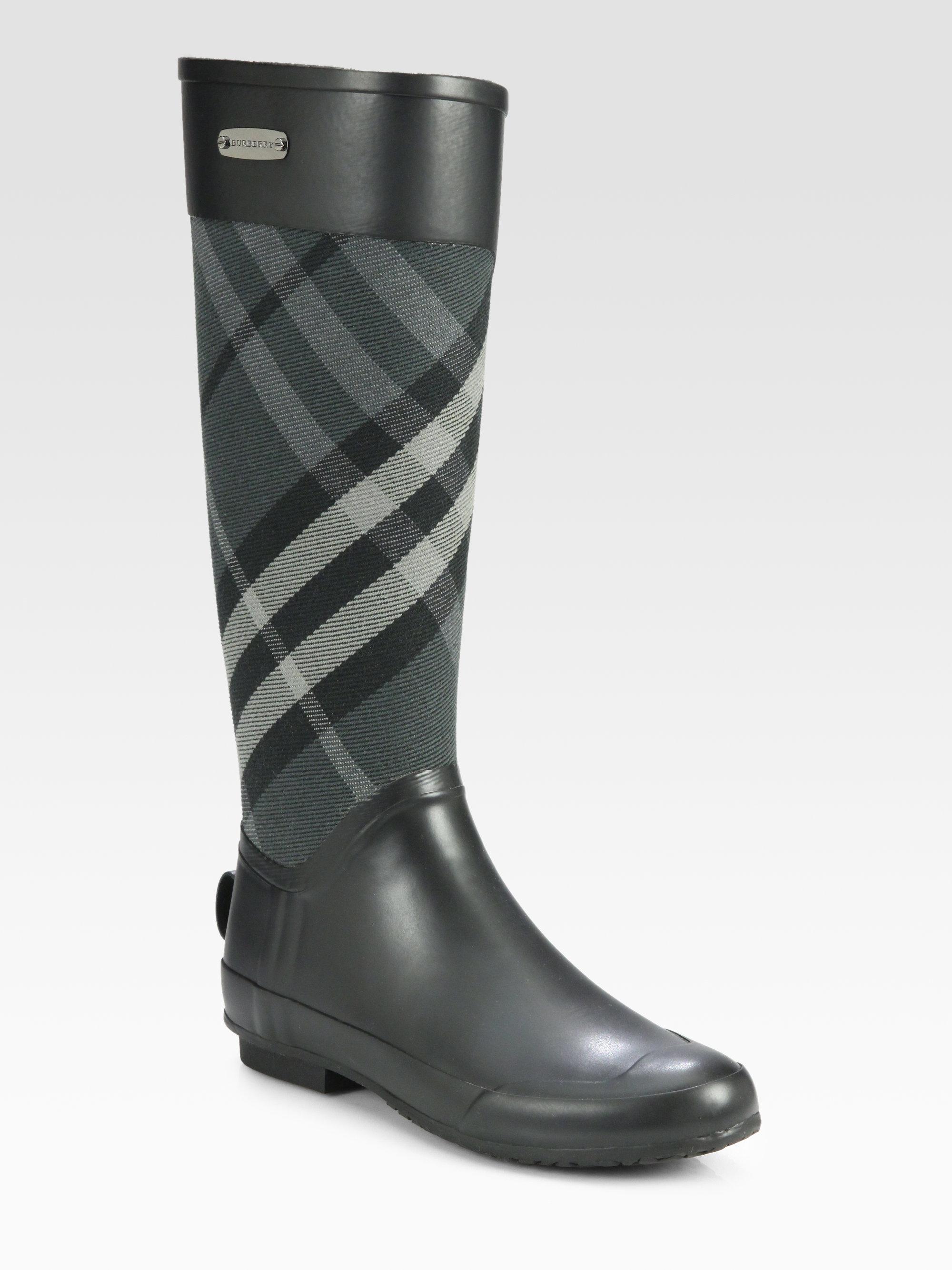 Burberry Women's Clemence Signature Check Rain Boots W39dZM