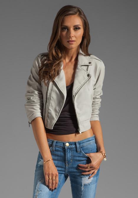 Pale grey leather jacket – Modern fashion jacket photo blog