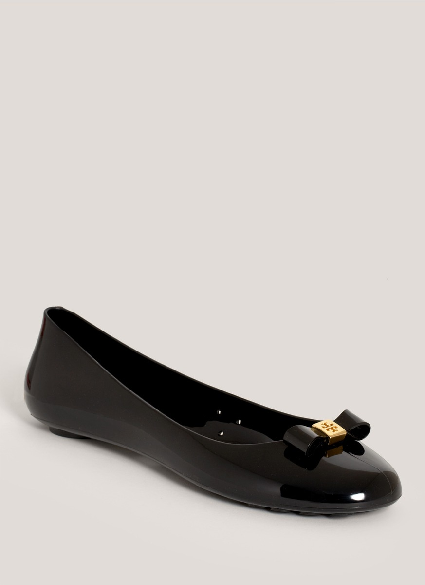 c83a3a216bf9 Lyst - Tory Burch Jelly Bow-detail Ballerina Flats in Black