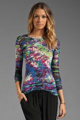 BCBGMAXAZRIA Long Sleeve Paint Splatter Top in Blue - Lyst