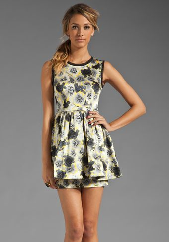 Juicy Couture Graphic Rose Dress in Gray - Lyst