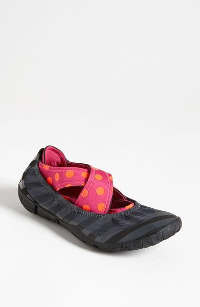 nike studio wrap pack shoe in pink lyst