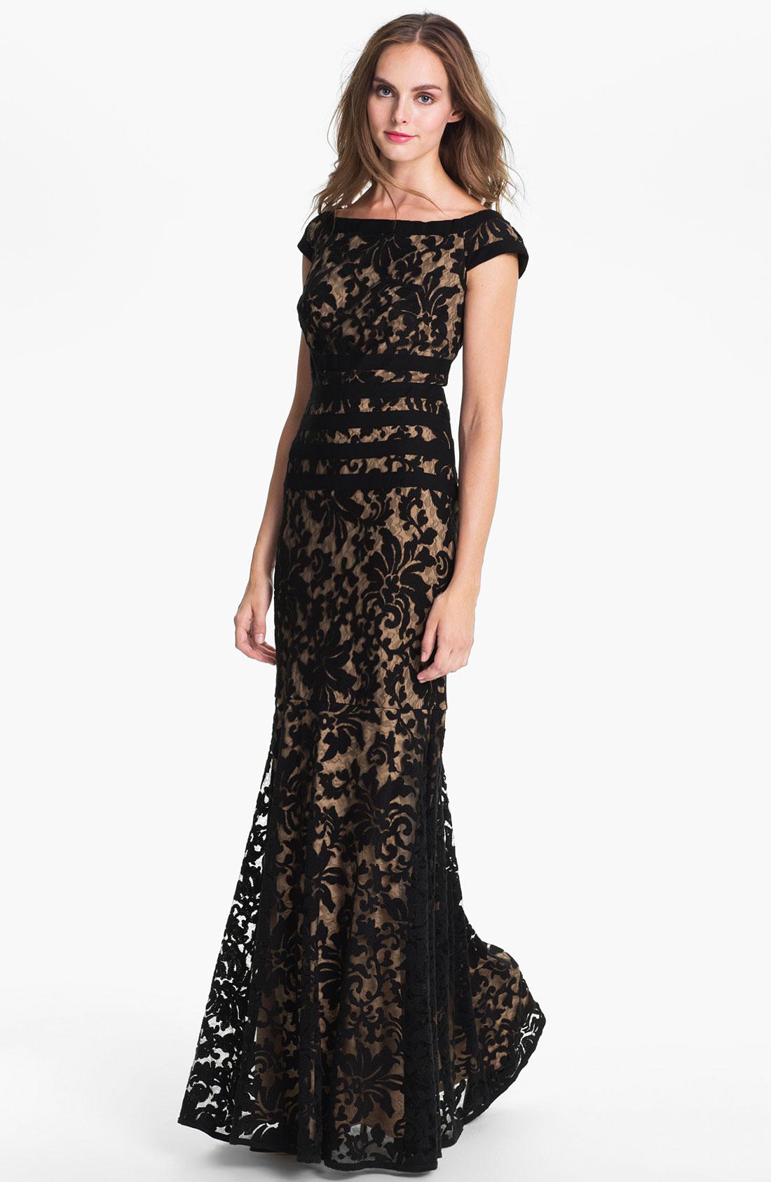 tadashi shoji textured lace mermaid gown in black black