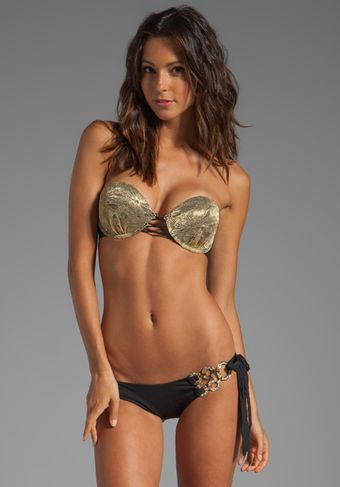 Beach Bunny Take Me There Bikini Top in Black - Lyst