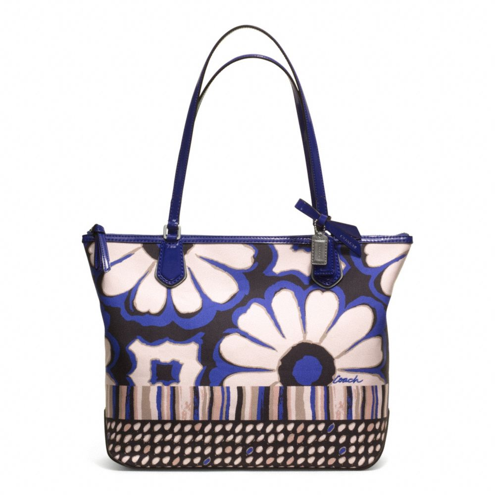Lyst coach poppy floral scarf print small tote in blue gallery mightylinksfo