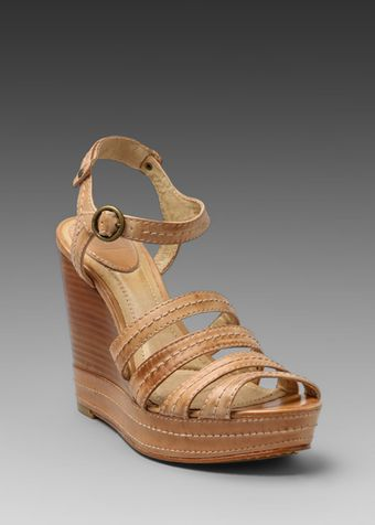 Frye Corrina Stitch Wedge Sandal in Tan - Lyst