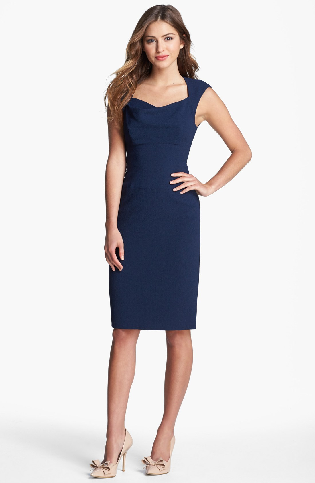 Black halo Catherine Cap Sleeve Sheath Dress in Blue