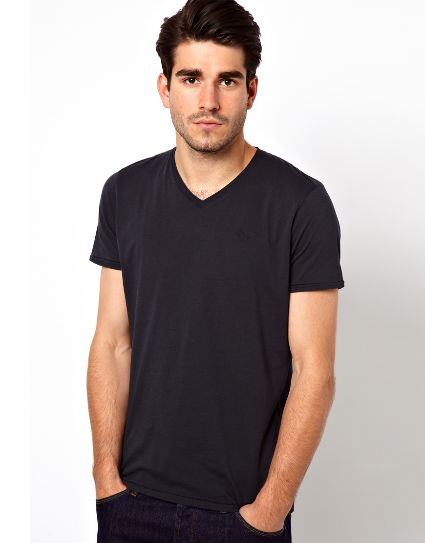 Black t shirt navy jeans - Gallery