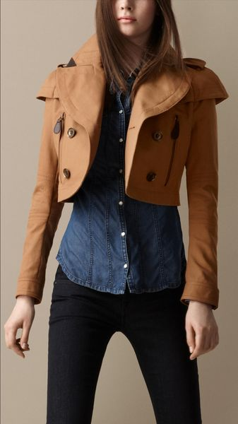 Burberry Brit Cropped Cotton Trench Jacket - Lyst