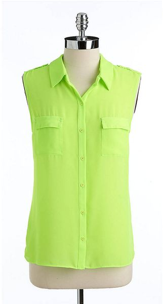 Tahari Sleeveless Hilo Buttonfront Blouse - Lyst