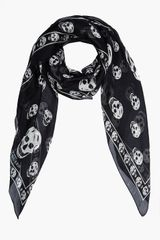 Alexander McQueen Black and White Skull Print Silk Scarf - Lyst