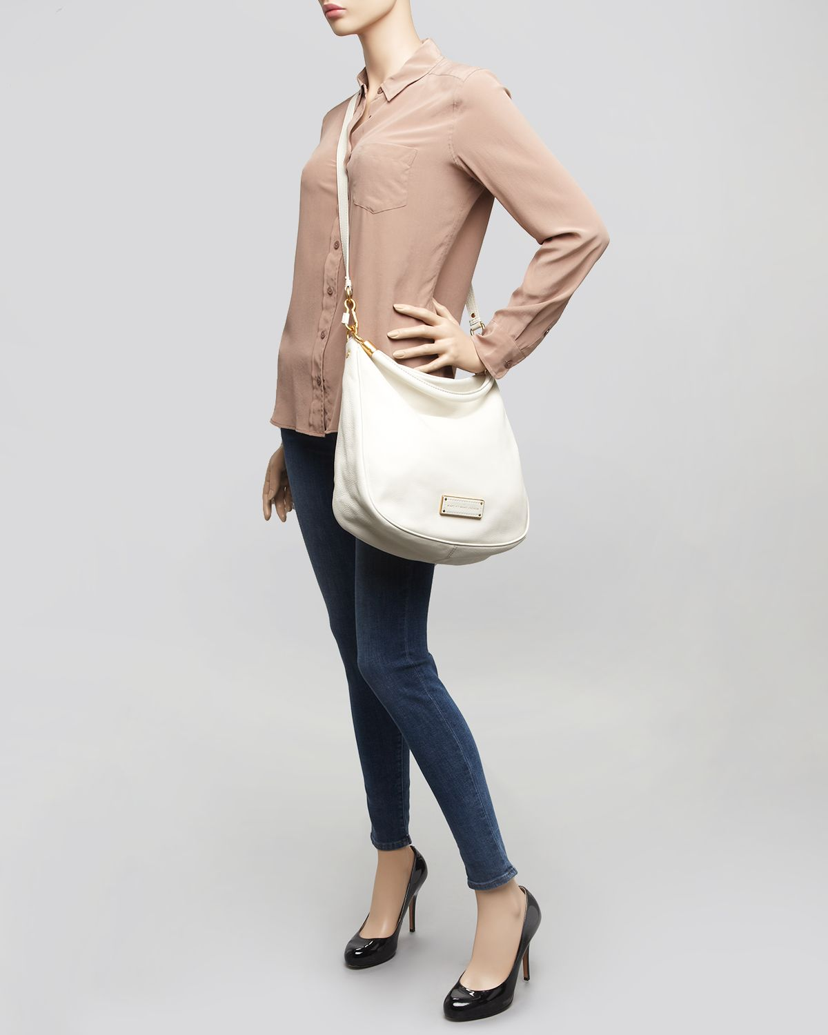 f7a2d539fb35 Lyst - Marc By Marc Jacobs Hobo Too Hot To Handle in Brown