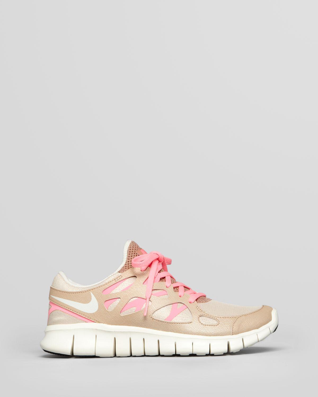 1bd7d8edee66 Lyst - Nike Sneakers Womens Free Run 2 Prm Ext in Natural