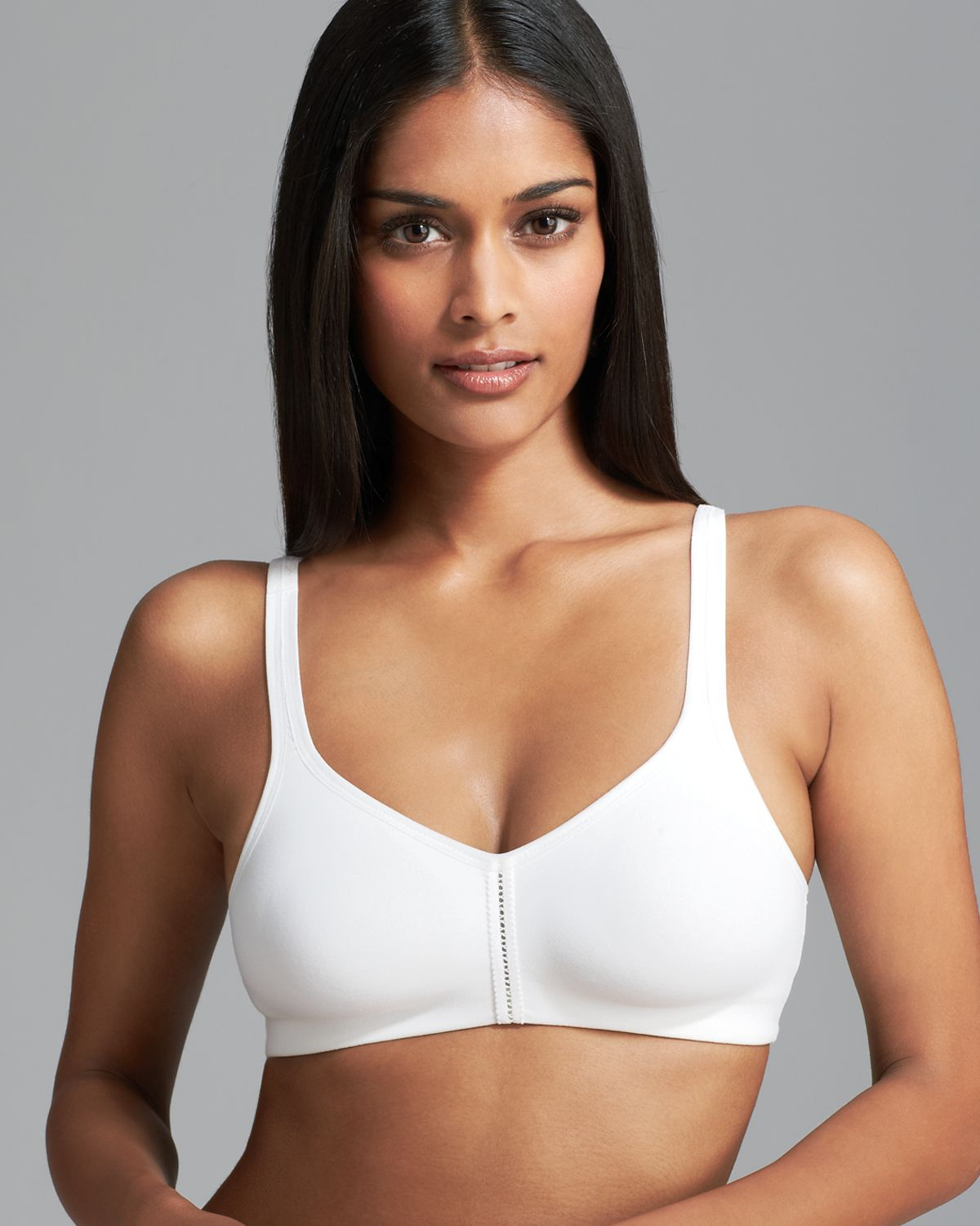 Wacoal Bra Casual Beauty Soft Cup in White | Lyst