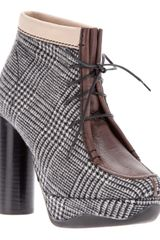 B Store Anne Prince Of Wales Boot - Lyst