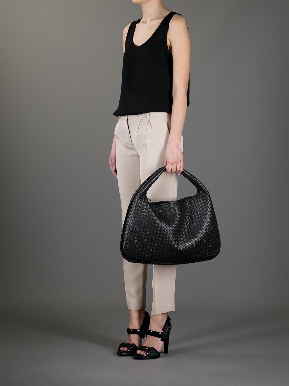 Veneta Large Intrecciato Leather Shoulder Bag - Black Bottega Veneta Many Colors Sale Top Quality Pay With Visa Sale Online Buy Cheap Affordable uilPF