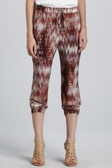 Elizabeth And James Ruben Cropped Print Pants - Lyst