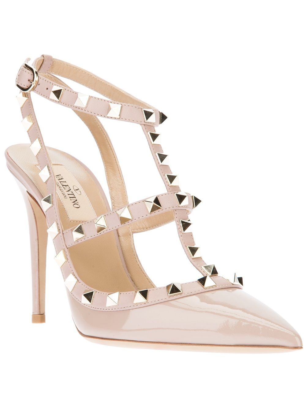 Lyst Valentino Rockstud Pump In Natural