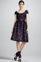 Oscar de la Renta Embellished Lace Cocktail Dress - Lyst