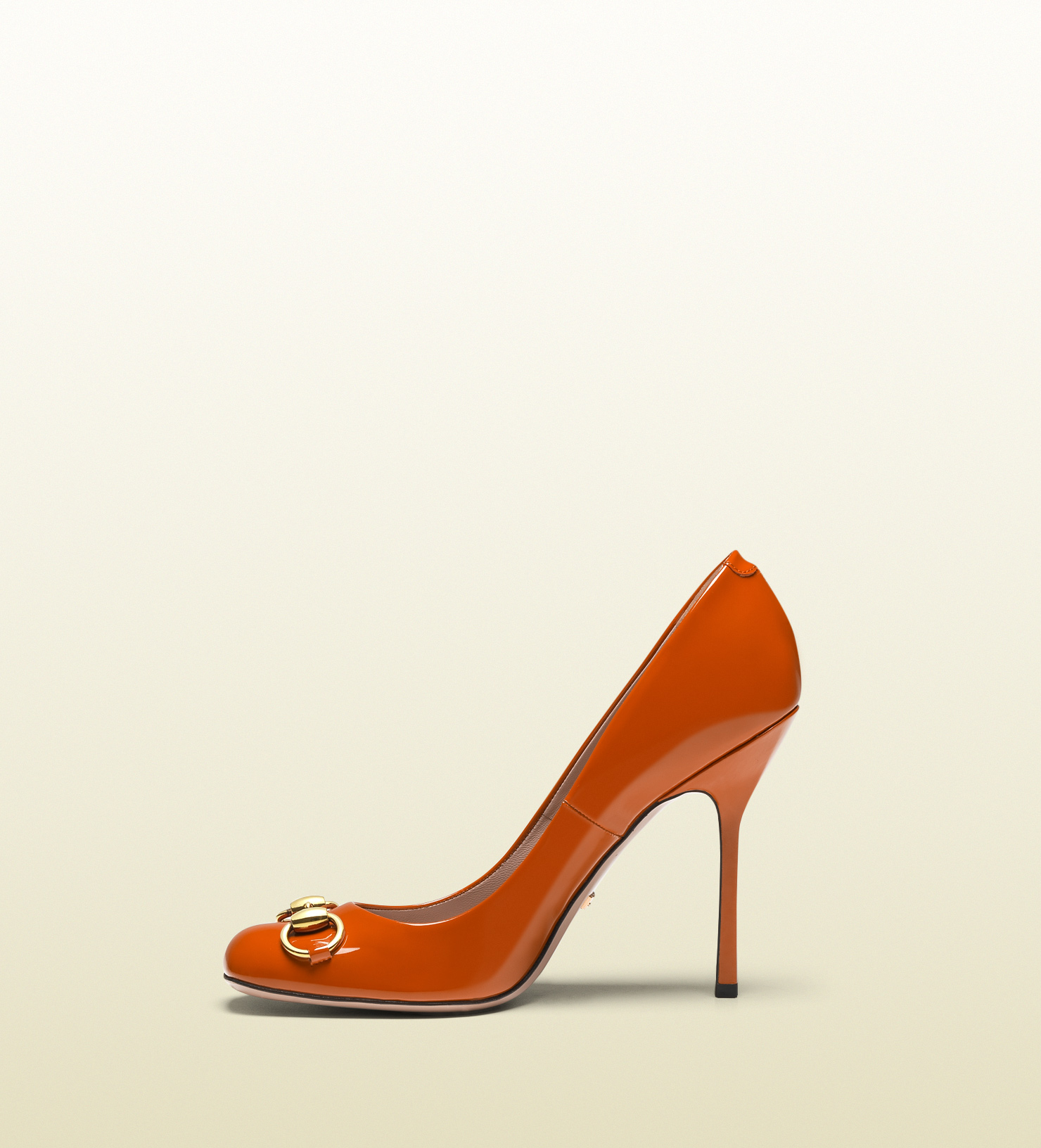 Gucci Shoes   New Gucci Nude Lisbeth Patent Leather Pumps