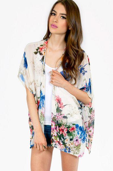 Tobi Lil Kimono Top in White (Ivory Floral) | Lyst
