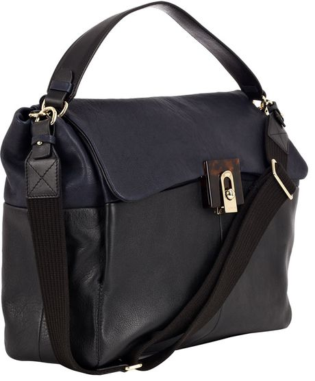 Free shipping and returns on crossbody bags at downloadsolutionspa5tr.gq Shop top brands like Gucci, Sole Society, Rebecca Minkoff and more. Read product reviews or ask questions.