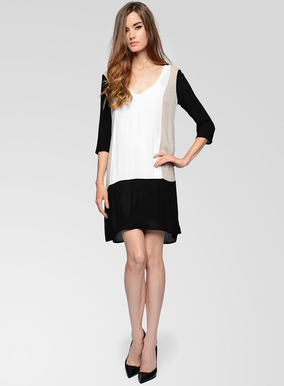 Ella clothing store
