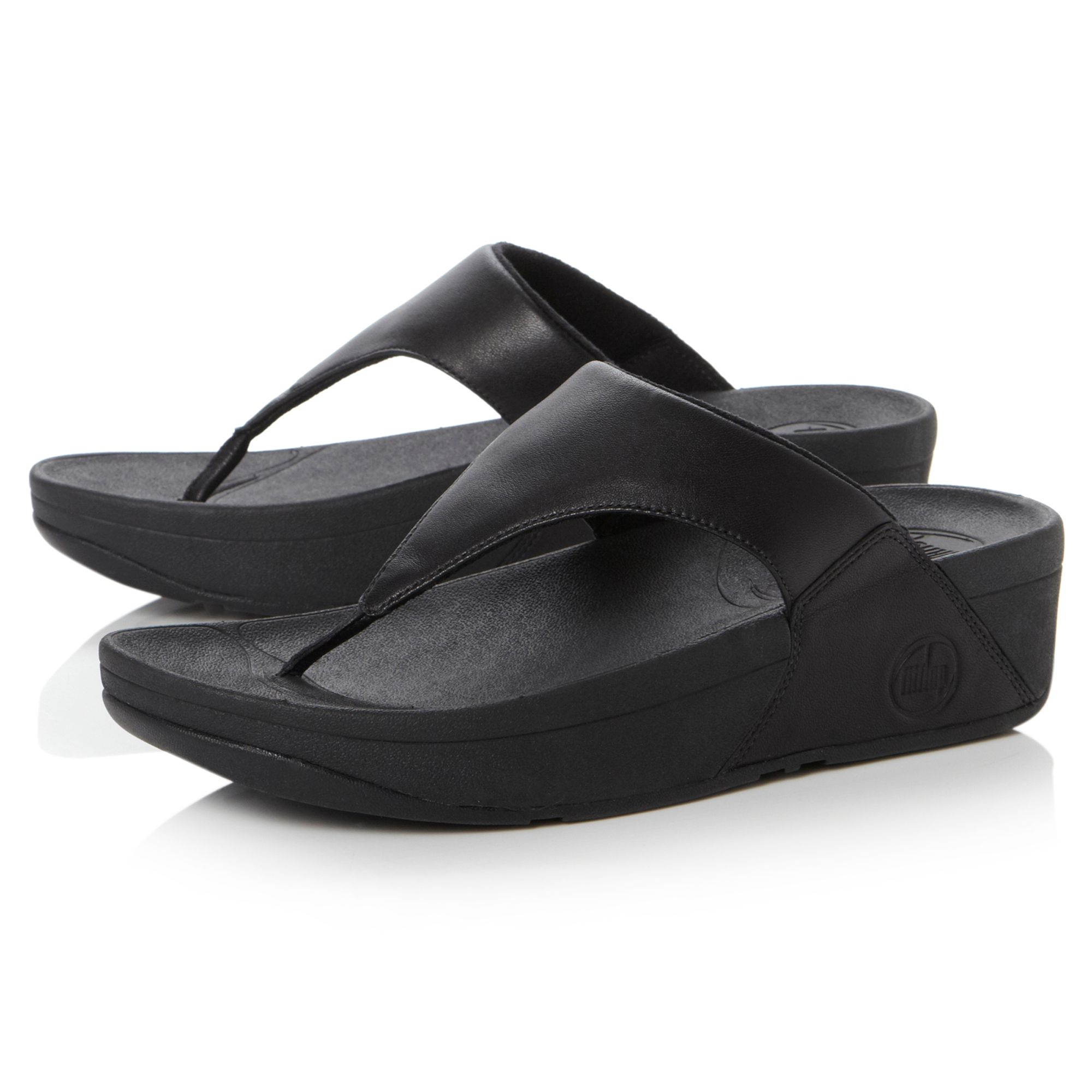 Fitflop Lulu Plain Leather T Post Sandals In Black Lyst