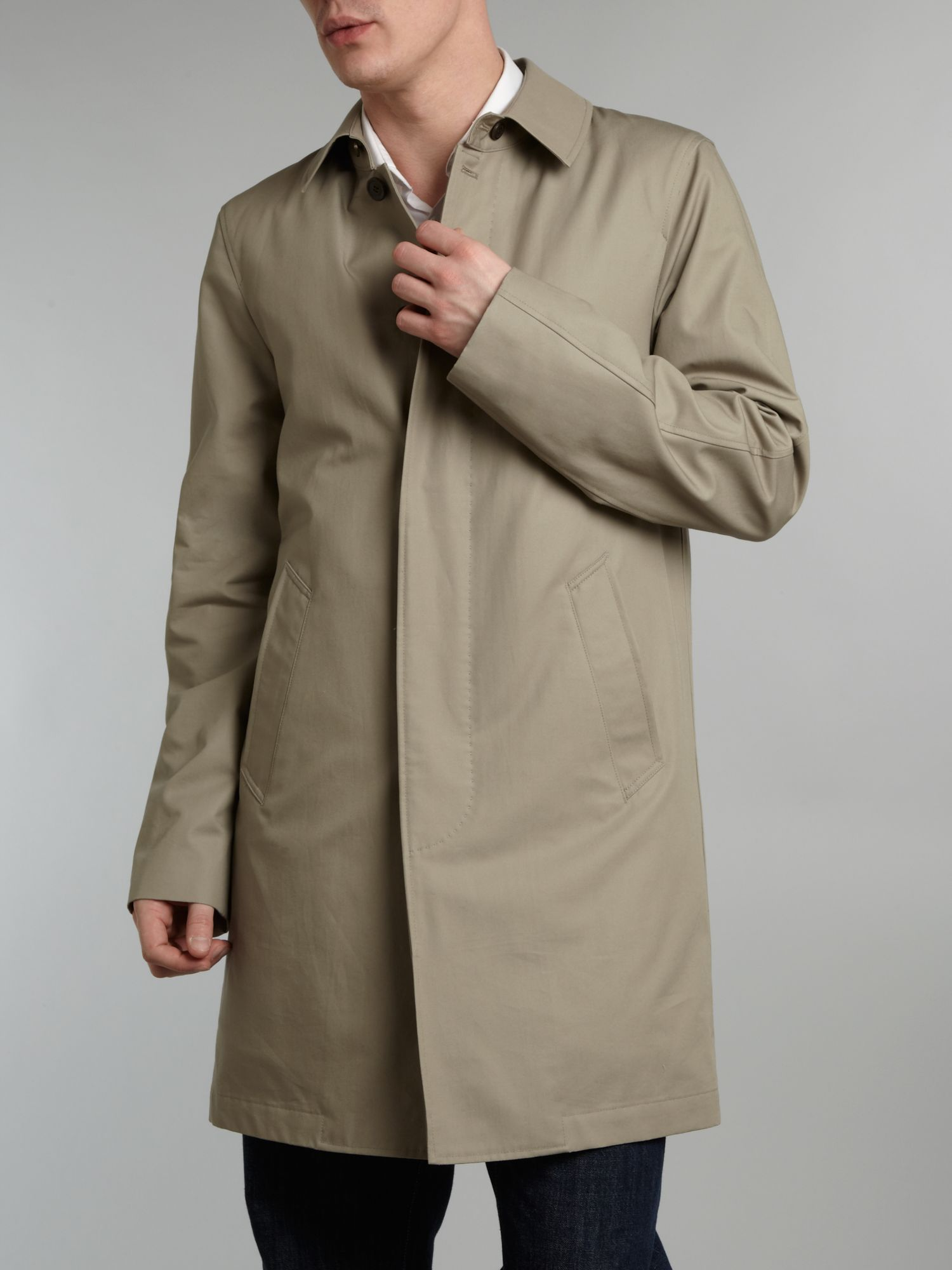 The rainy season hit a bit late this year, so if there's one item that we've all been (unfortunately) reaching for, it's the Mackintosh rain jacket. While a