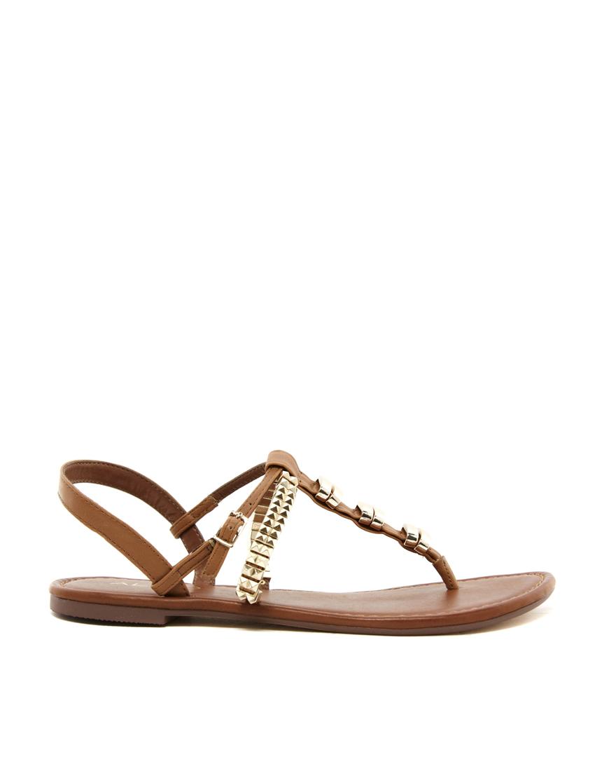 8e19f5b47 Lyst - ALDO Dronfielda Thong Flat Sandals in Brown
