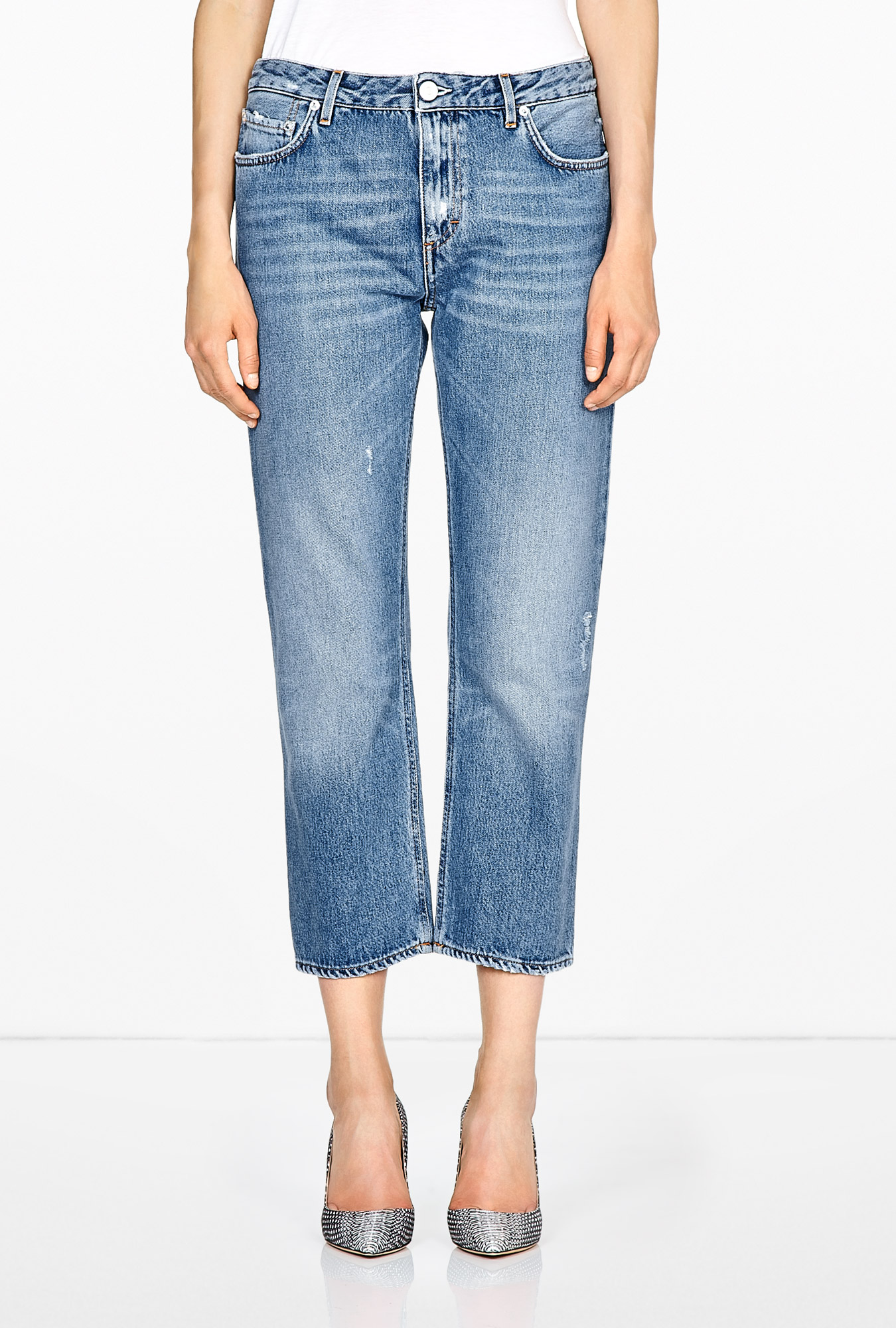 acne studios pop vintage boyfriend cropped jeans in blue denim lyst. Black Bedroom Furniture Sets. Home Design Ideas