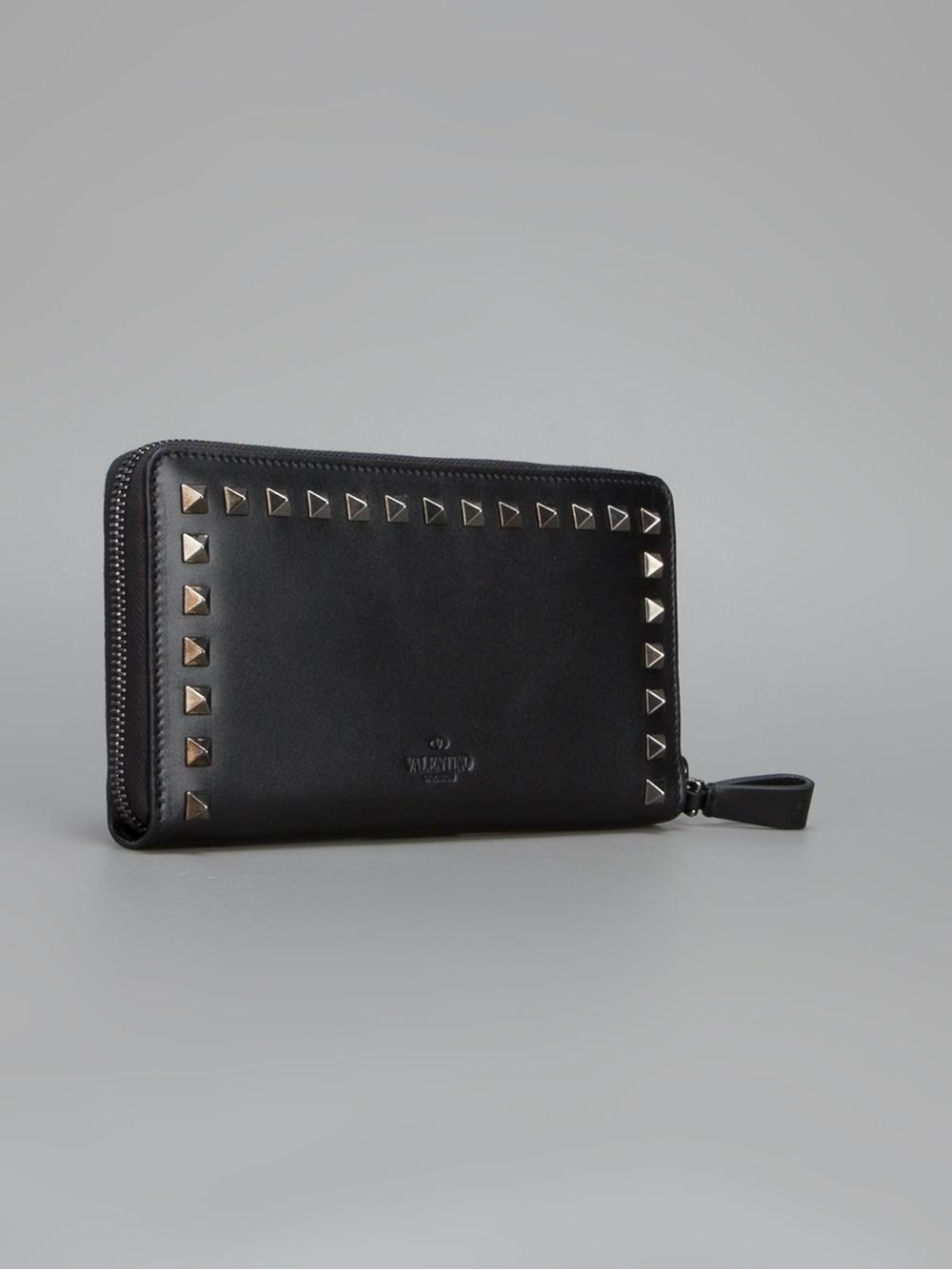 Lyst - Valentino Rockstud Wallet in Black
