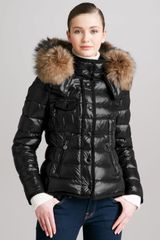 Moncler Short Puffer Jacket with Furtrimmed Hood - Lyst