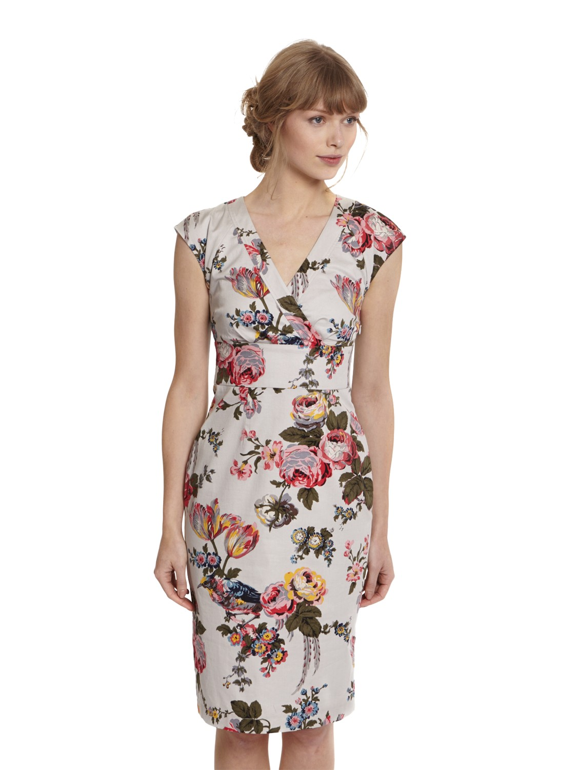 Update your wardrobe with this quality cotton floral print short dress from Papaya. Crafted from a durable and a high quality cotton fabric, it features back adjustable strap for fitting, short sleeves, midi length cut, loose fit and boat neck.