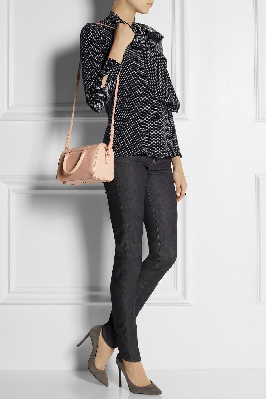 b6cb4073064 Saint Laurent Classic Duffle 3 Leather Bag in Pink - Lyst