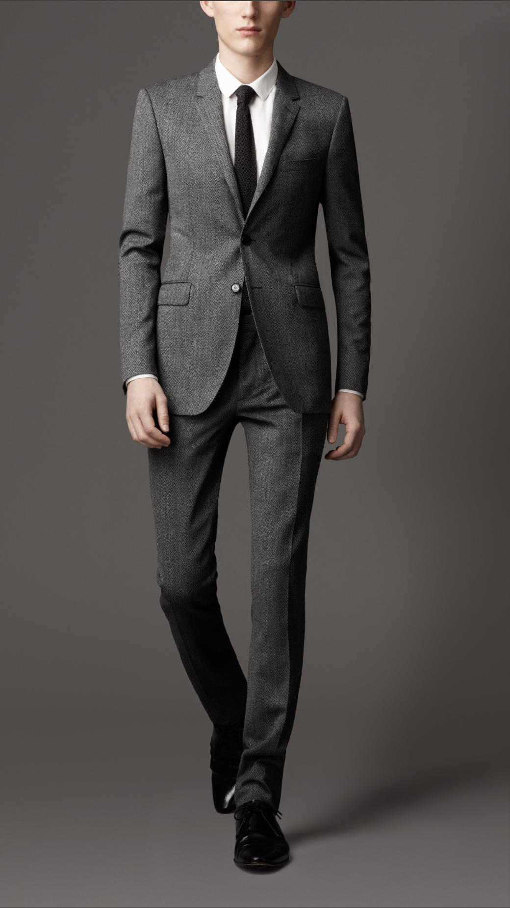 Burberry Slim Fit Virgin Wool Herringbone Suit in Gray for Men | Lyst