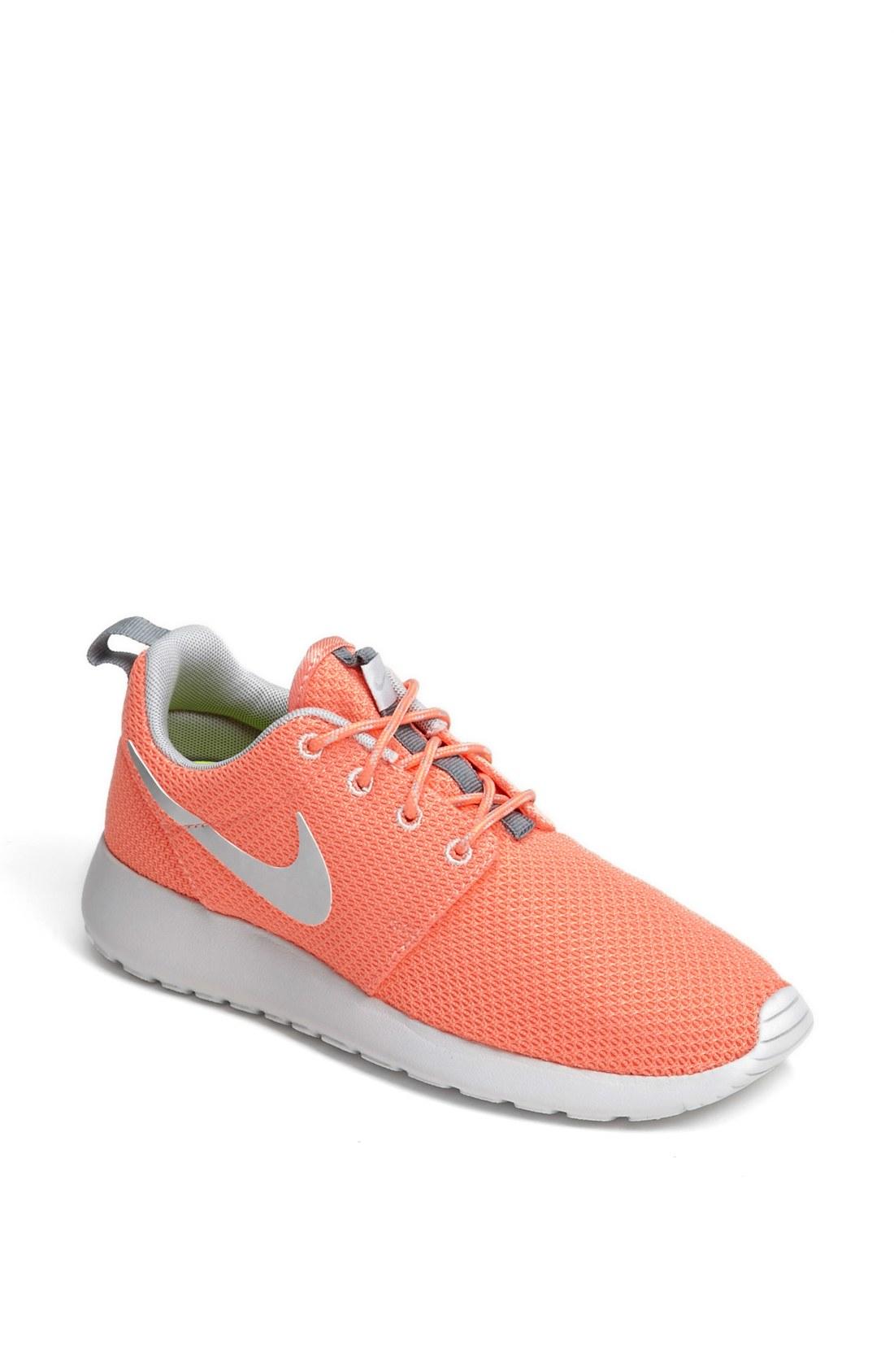nike roshe run sneaker in orange atomic pink silver. Black Bedroom Furniture Sets. Home Design Ideas