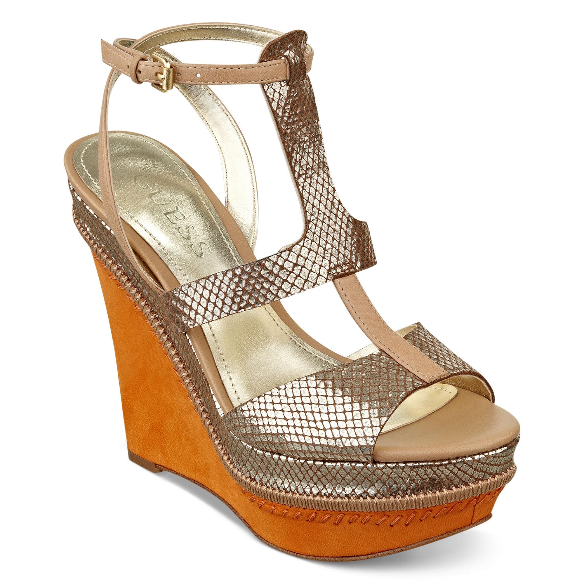 guess diastol platform wedge sandals in gold gold multi