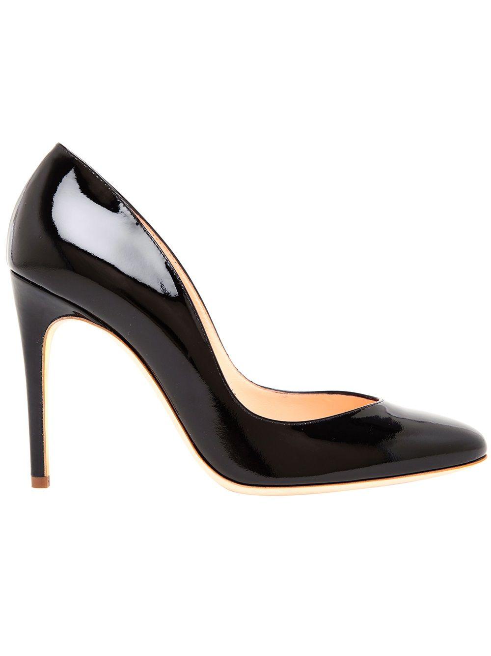 Sears has an elegant selection of women's heels to enhance your wardrobe. Find the latest women's pumps that complement all your outfits perfectly.