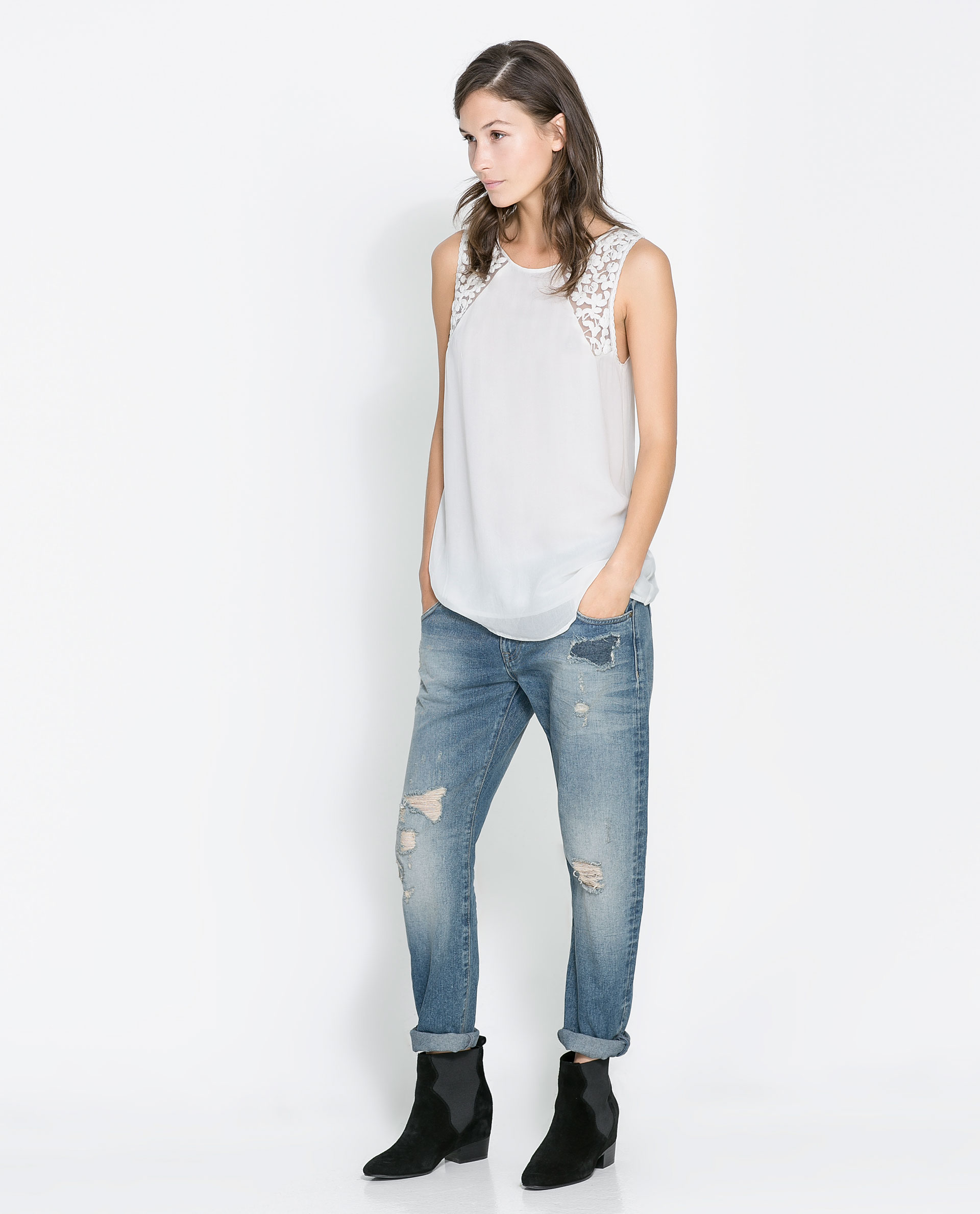 zara ripped boyfriend jeans in blue indigo lyst. Black Bedroom Furniture Sets. Home Design Ideas