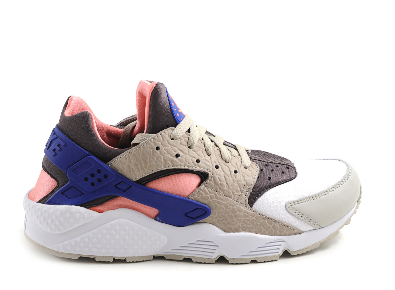 nike nsw air huarache size grey pink blue in multicolor. Black Bedroom Furniture Sets. Home Design Ideas