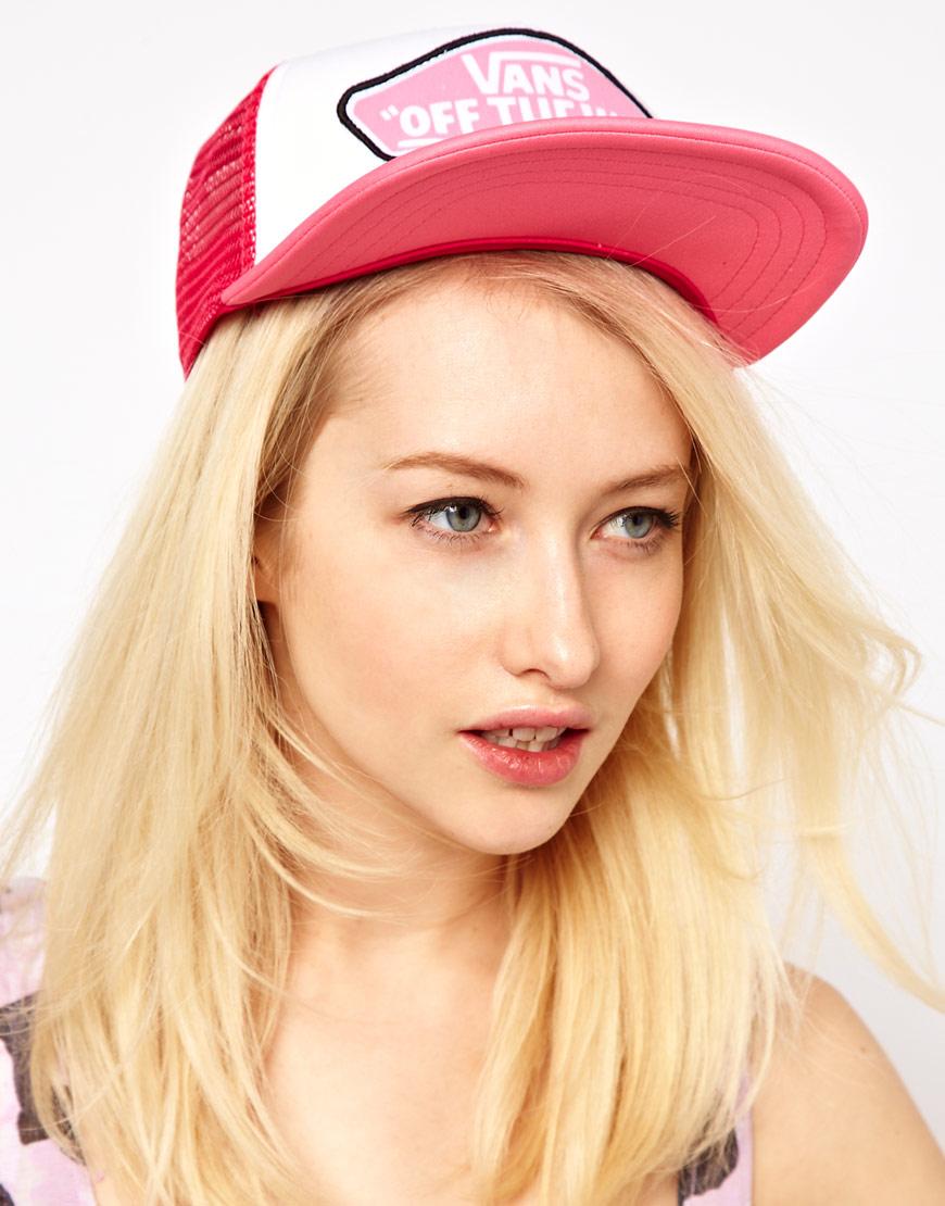 77d1f63960de4 Vans Beach Girl Trucker Hat in Pink - Lyst